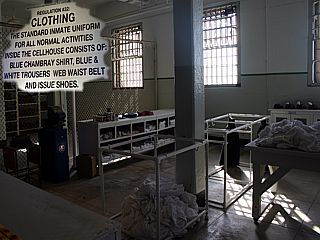 alcatraz prison uniforms