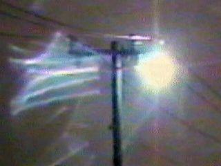 Шаровая молния всегда появляется в грозовую, штормовую погоду; зачастую...  Чаще всего она движется горизонтально...